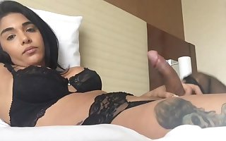 Jane Marie Squirts In Lingerie